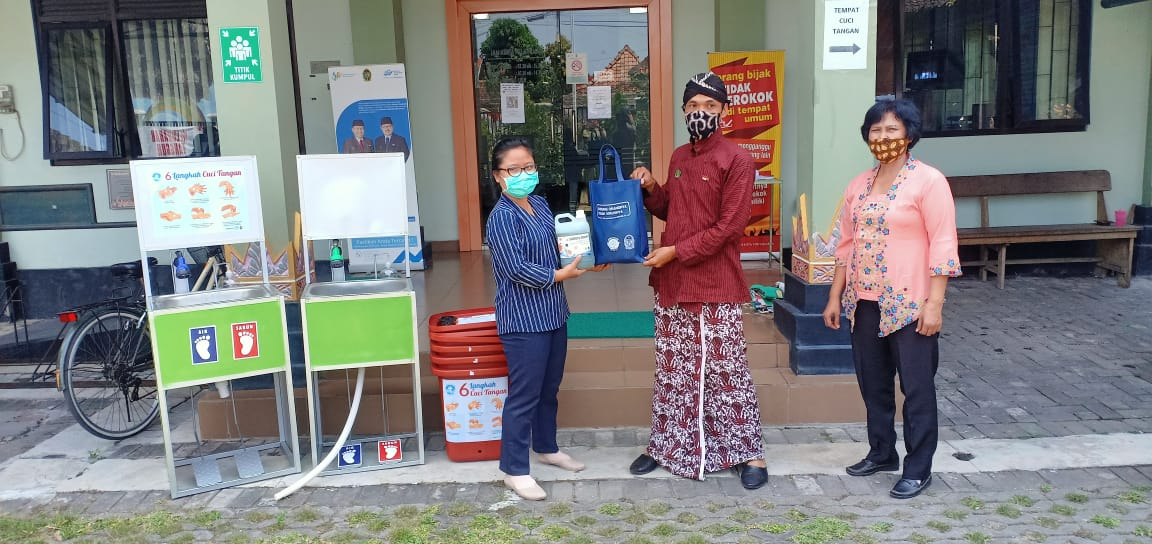 Penerimaan Bantuan dari CD Bethesda Yogyakarta
